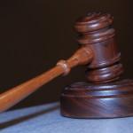 W wielu wypadkach ludzie żądają asysty prawnika